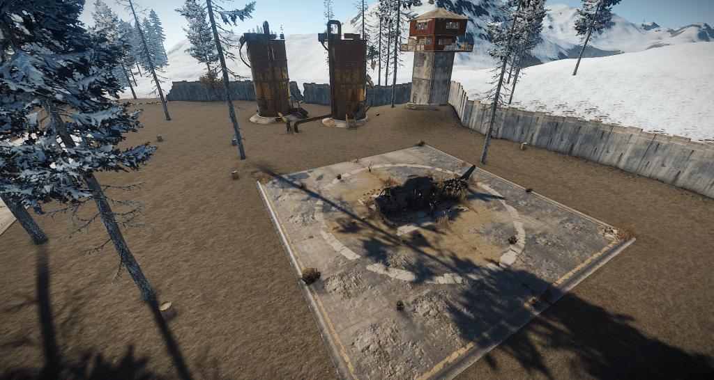Вертолётная площадка и ржавые цистерны на РТ Аэродром в Rust