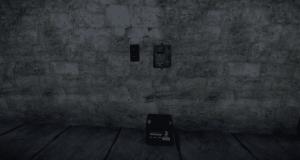 Установленные переключатель, электрический разветвитель и маленький аккумулятор в Rust