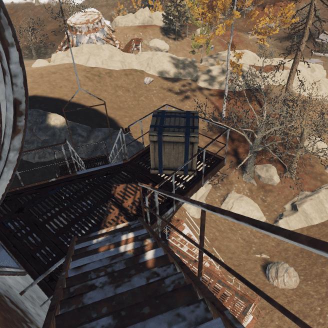 Ящик с лутом на недостроенной антенне в Rust