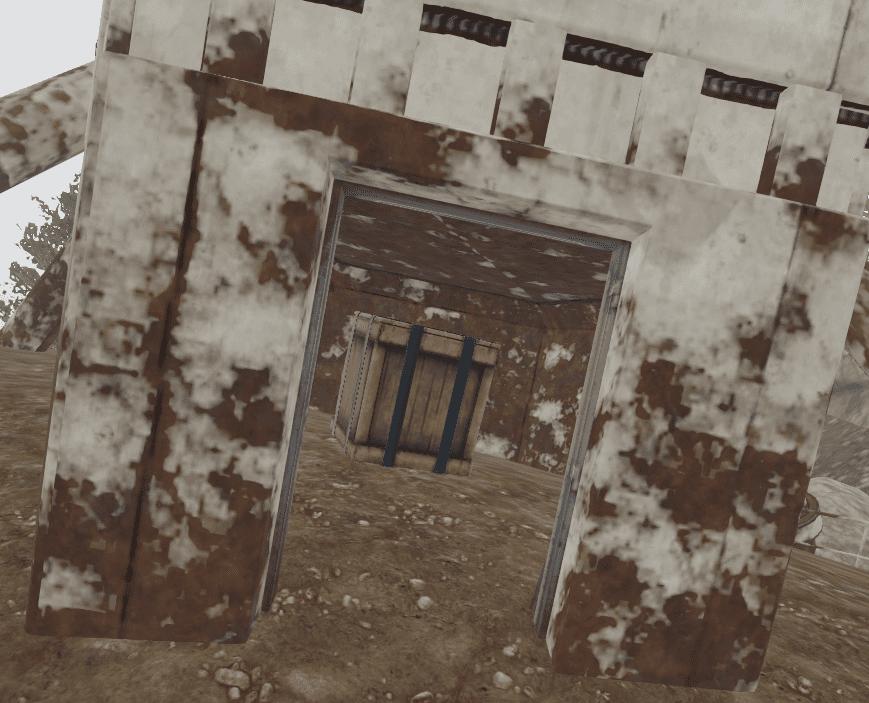 Ящик с лутом в поломанной антенне в Rust